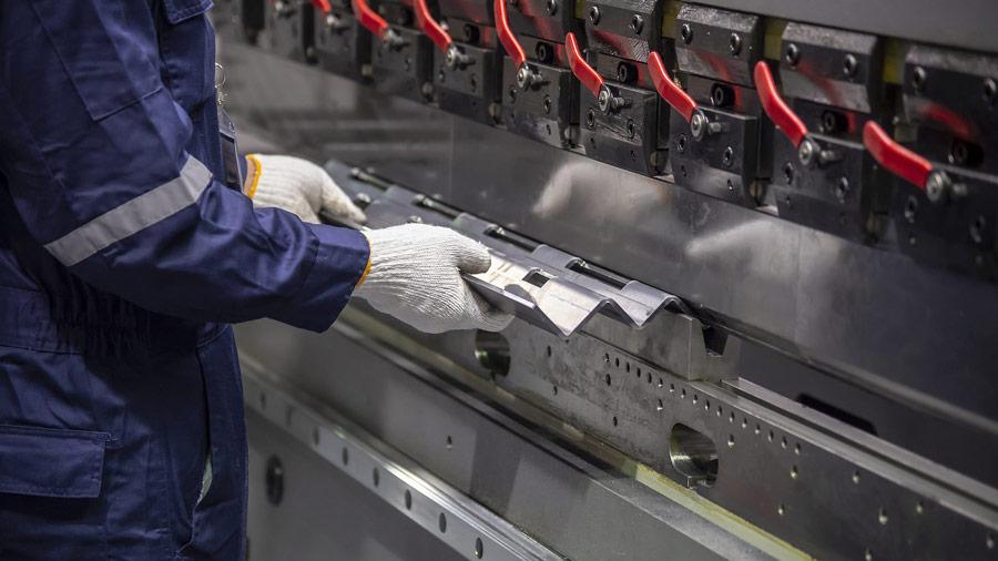 lattoneria , produzione laminati presso-piegati , S&S Coperture